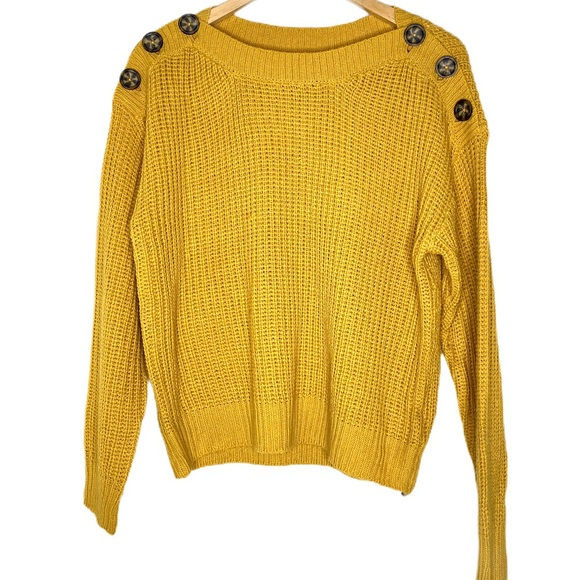 ⭐️Derek Heart yellow sweater large